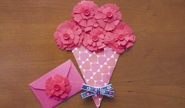 Atividade com Papel para fazer Lembrancinhas de Dia das Mães