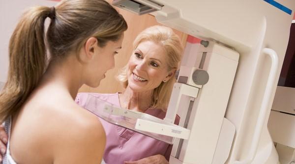Quatro em cada 10 mulheres no Brasil não fazem mamografia