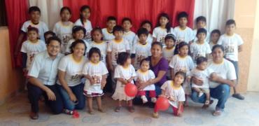 Notícias da Bolívia: Crianças uniformizadas