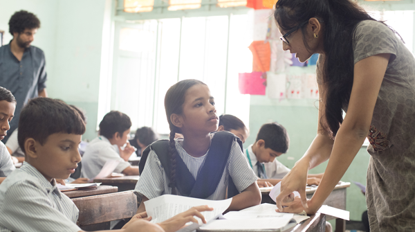 Como minha religião pode mudar a educação em escolas seculares?